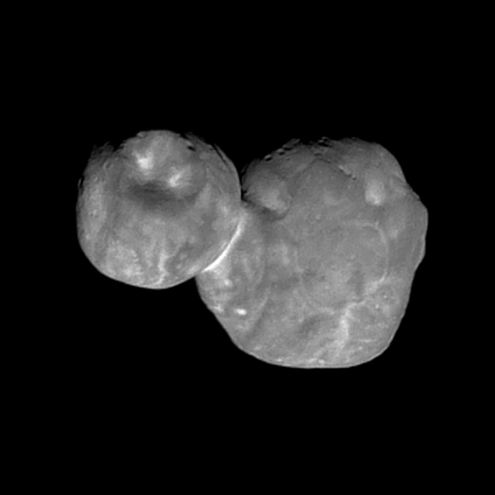 Zatím nejdetailnější snímek Ultima Thule ukazuje útvary na povrchu planetky